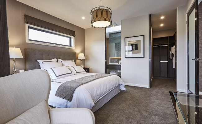 Master bedroom, ensuite and WIR